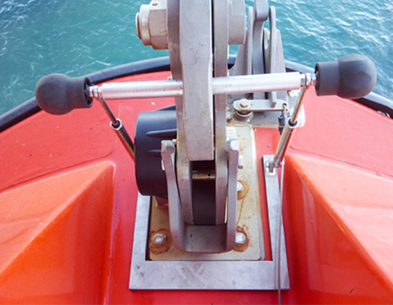 Carry on test kit for onload hooks conventional lifeboats
