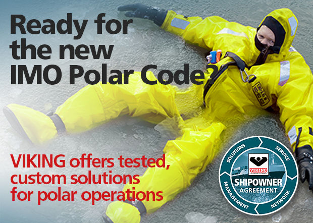 A premium immersion suit based on a multi-layer system with double thermal insulation for optimal protection in the harshest of marine conditions.